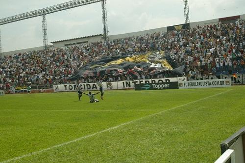 Inter conquista o acesso com Claudemir Peixoto